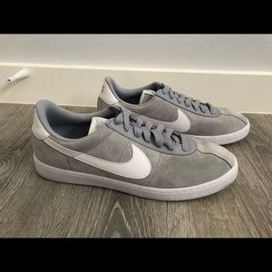 Nike Killshot Men's Grey Suede Sneaker